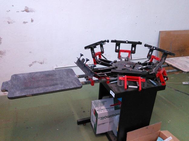 T-shirt screen printing press at Boxa Arte Elkarte studios in Tolosa.