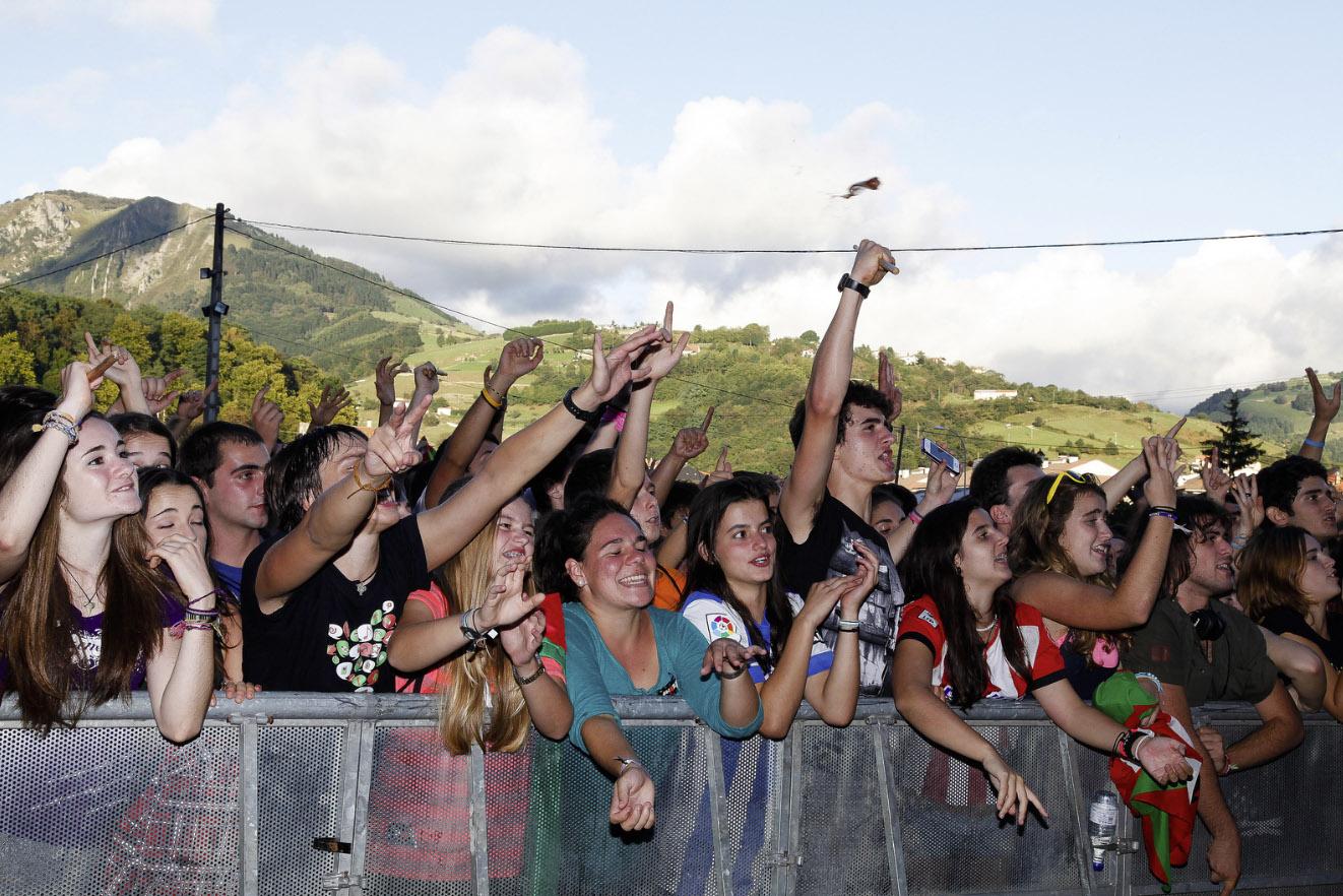 Part of the crowd at the KMK13 finale. Photo courtesy of KILOMETROAK 2013 - TOLOSA.