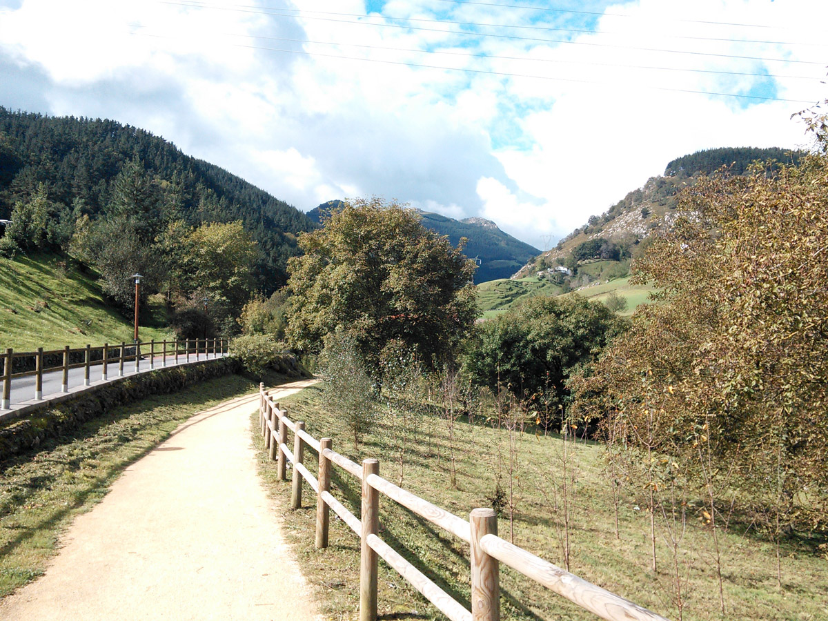 A lovely fall day for a walk to the Ekain Berri caves.