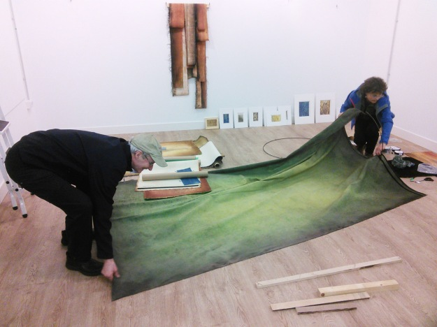 "Bill & Claire preparing to hang the central fabric column of her piece ""Grove"". Garikoitz Murua Fierro photo."